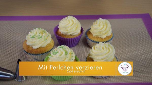 Cupcakes-mit-Perlchen-verzieren
